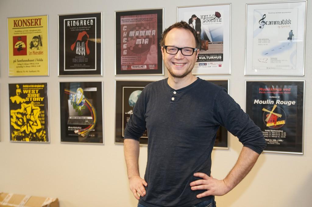 """Gunnar Aurdal er manusforfattar for musikalen """"Goodbye Yellow Brick Road"""". Foto: Martine Leine Rafteseth"""