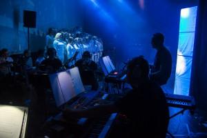 Orkesteret gjer ein veldig viktig jobb under musikalen. Foto: Malin Nordby Kvamme